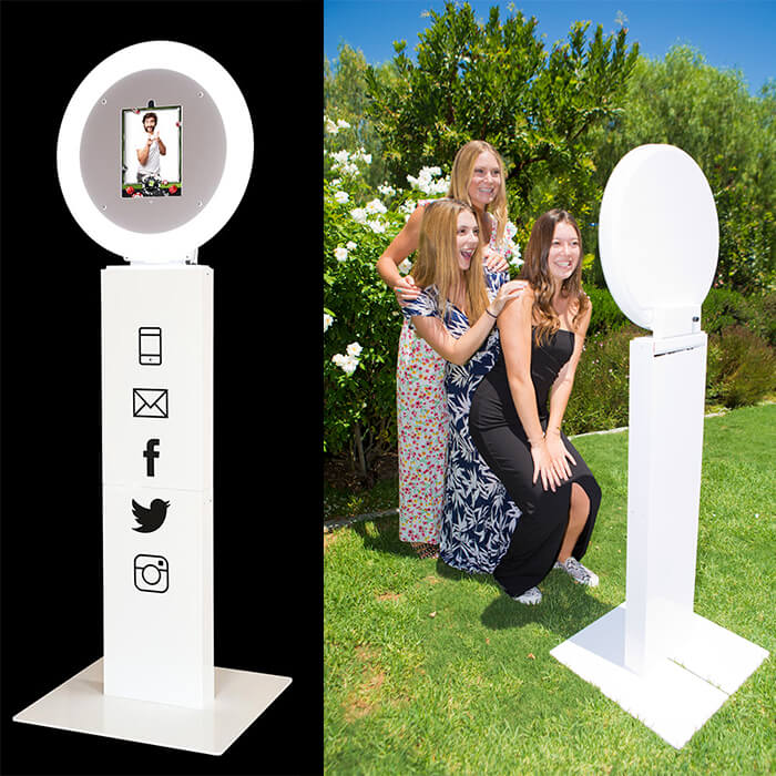 Photobooth Selfie Station, digital photo booth, SCV Selfie Station, SFV Selfie Station